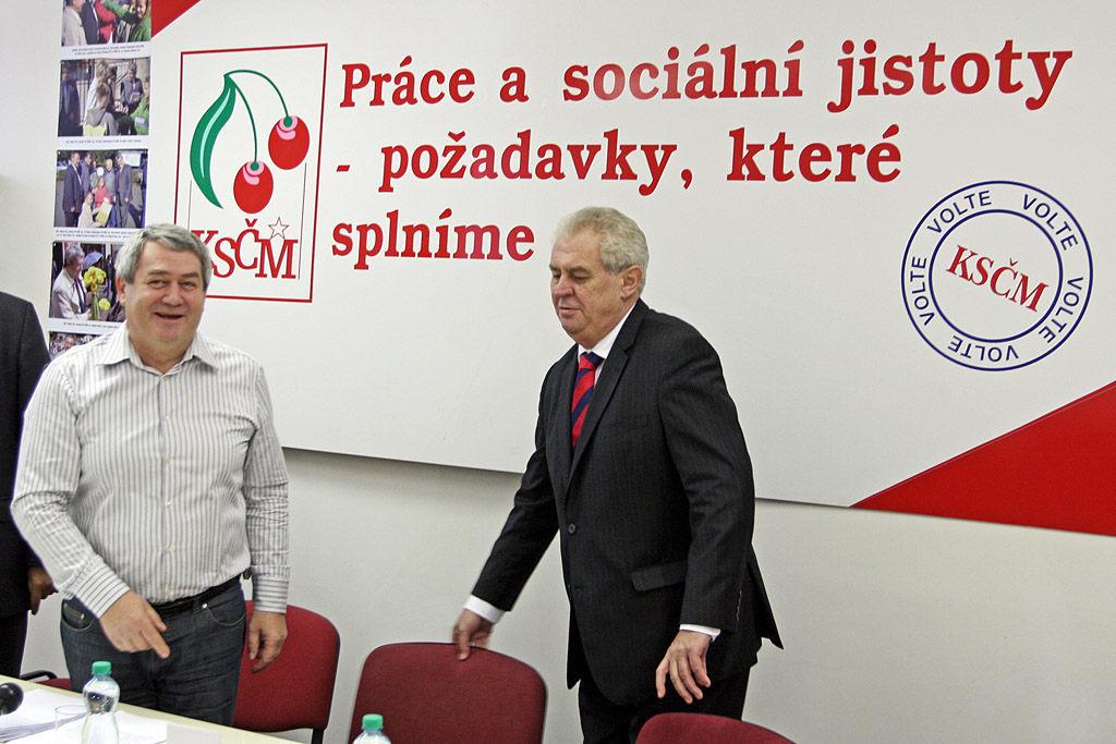 République Tchèque : Les communistes (KSČM) penchent pour Miloš Zeman pour le second tour des élections présidentielles