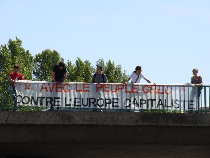 """""""Avec le Peuple Grec, Contre l'Europe Capitaliste"""""""