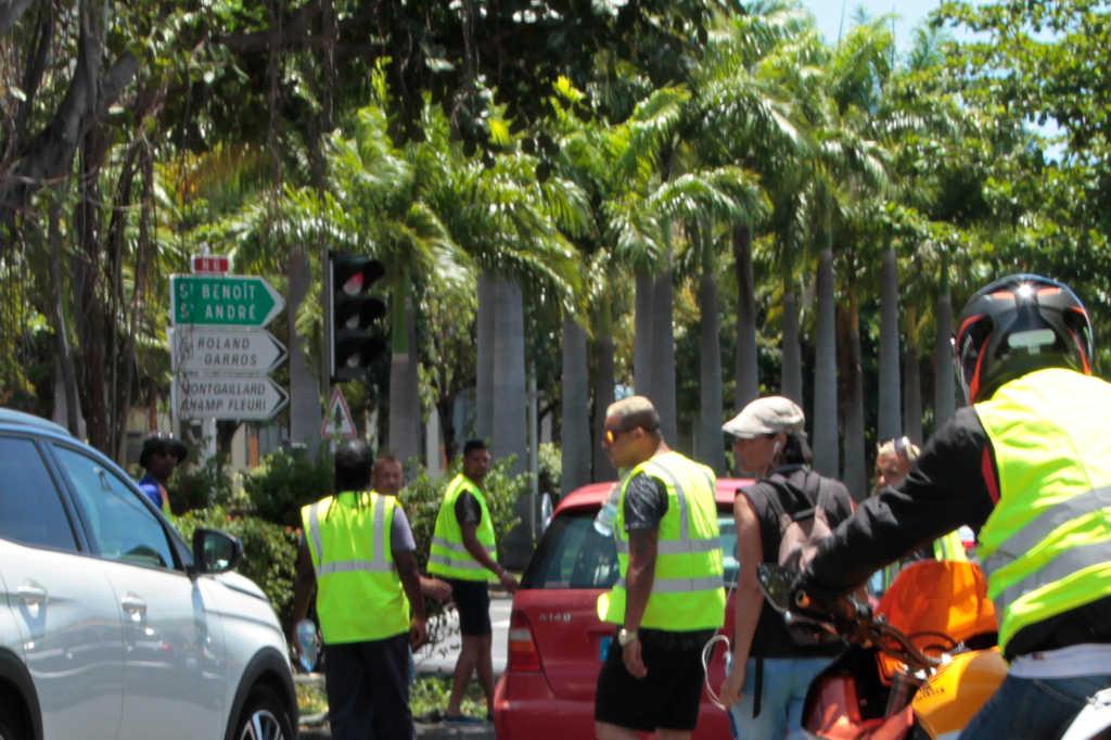 Émeute des gilets jaunes à La Réunion : Le PCR appelle l'Etat à la responsabilité