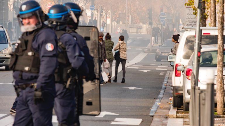 Violence contre les lycéen.ne.s, l'appel du PCF aux élu.e.s
