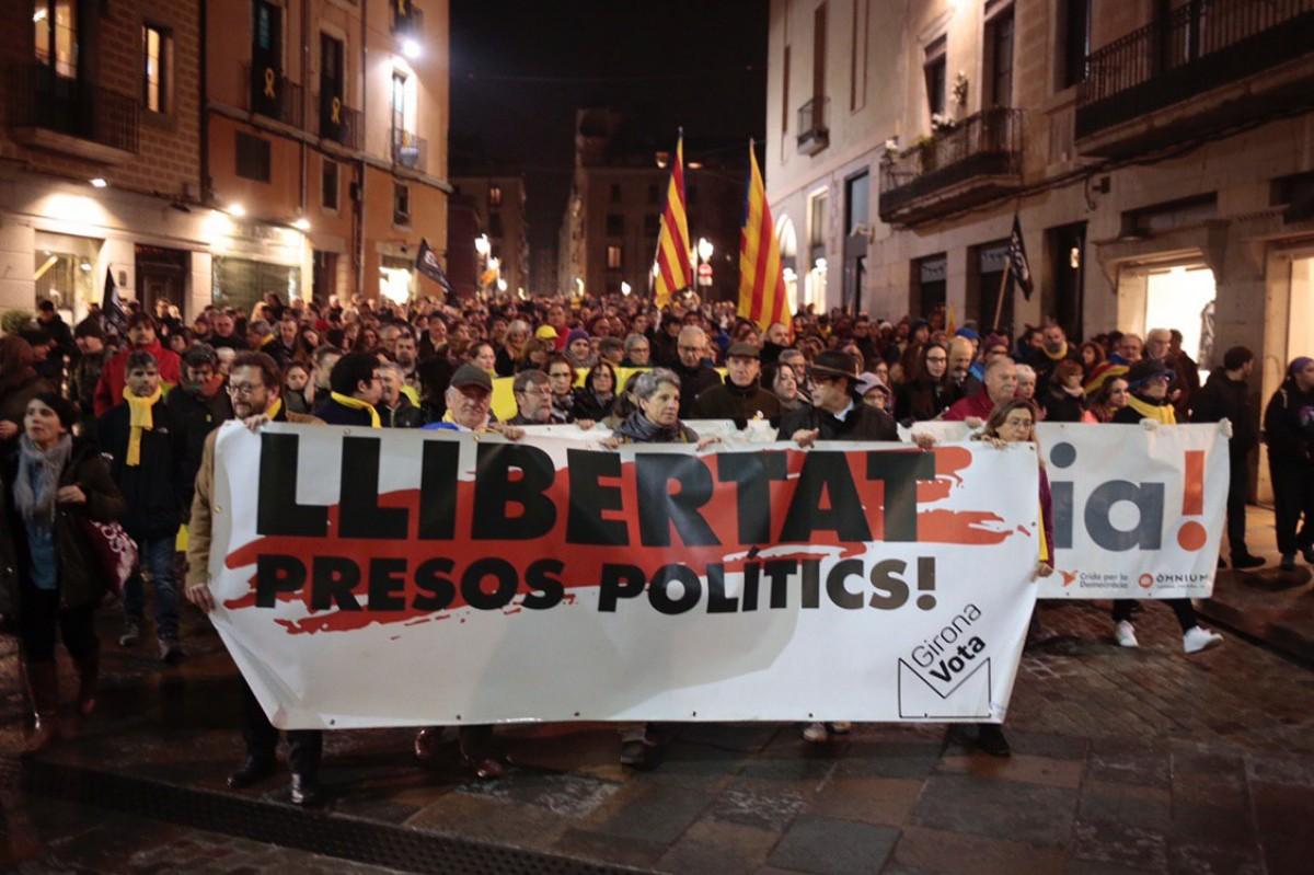 Catalogne : Sur les 16 arrestations arbitraires commises par la police espagnole et l'absence de réaction à gauche