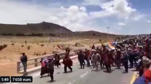 Bolivie : Des soldats d'une division d'infanterie rejoignent les manifestant.e.s