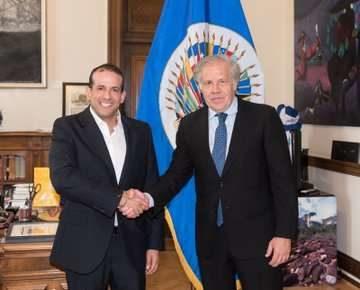 """Bolivie: Le fasciste Camacho s'accorde avec l'OEA pour parler des """"élections"""""""