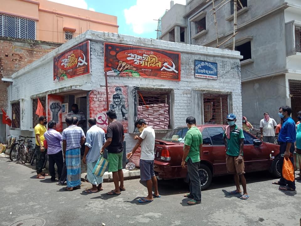 Un local du CPI(M) transformé en cuisine communautaire
