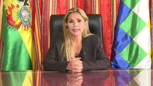 Jeanine Áñez prépare t-elle sa fuite et celle de ses ministres aux États-Unis ?