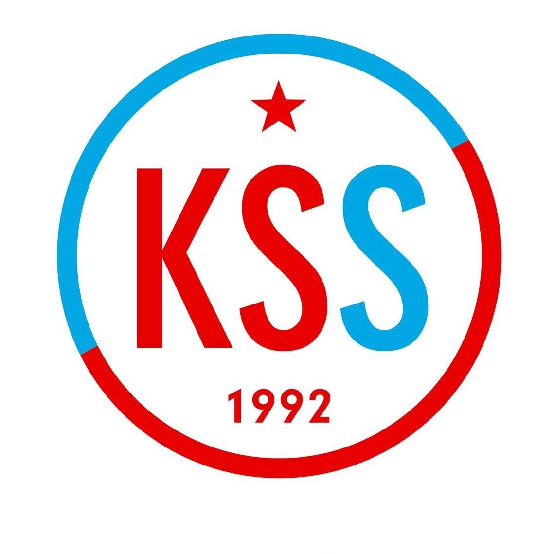 """La """"Démocratie"""" a l'odeur du fascisme (Parti Communiste de Slovaquie)"""