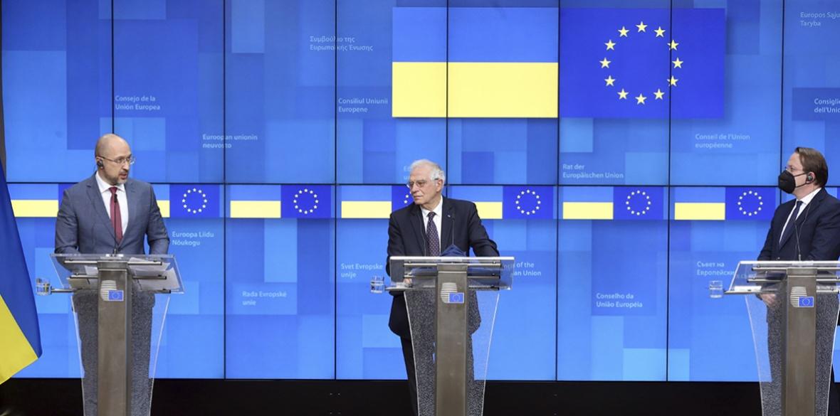 L'UE appelle l'Ukraine à accélérer les privatisations des terres agricoles