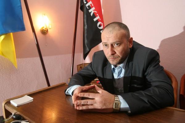 """La """"nouvelle"""" Ukraine """"démocratique"""" c'est ça : Le leader des néonazis élu député !"""