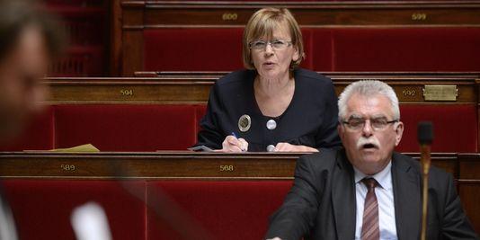 La motion de censure qu'ont tenté de déposer Isabelle Attard, Jacqueline Fraysse, André Chassaigne et Marie-George Buffet