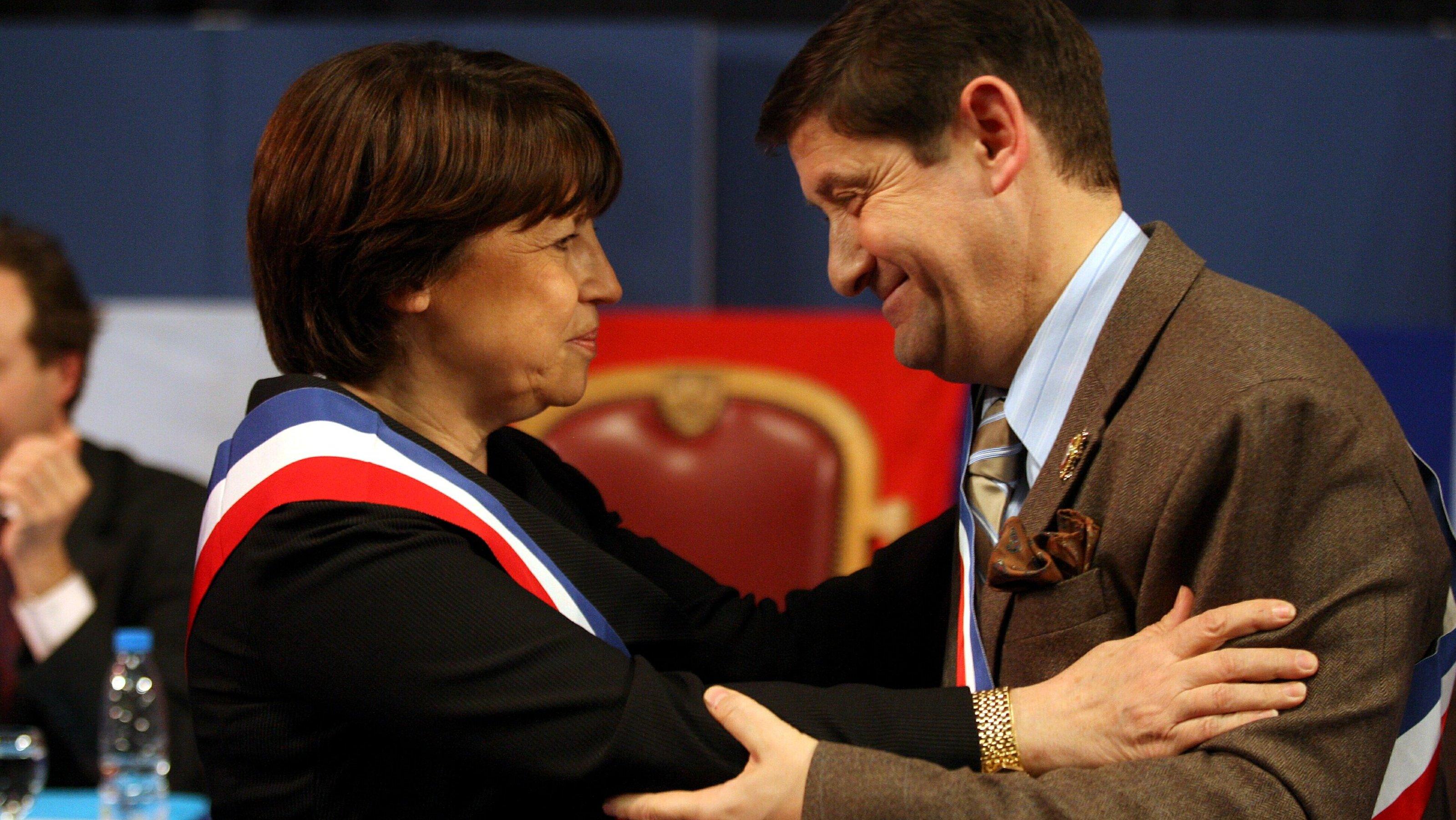 Le PCF n'est pas responsable de la chute de popularité de Hollande et de son gouvernement (PCF 59)