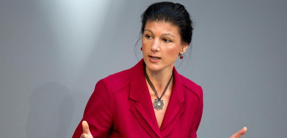 Allemagne : Sahra la Rouge, l'icône anti-Merkel