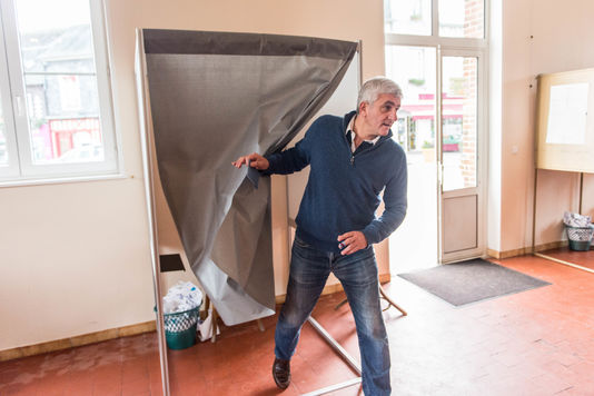 La région Normandie passe à droite pour 4752 voix, 5 élus Front de gauche