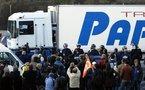 Représsion scandaleuse du mouvement de grève au Carrefour Grand Littoral
