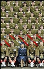 La reine Elizabeth II fête ses 80 ans en images.