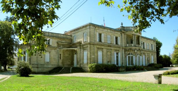 Bientôt l'UDI (Union des imbéciles) et ses complices de l'UMP (l'Union des mauvais pardants) vont dégager de l'Hôtel de ville de Talence.