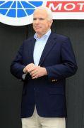 Actu Monde: La crise financière convertit McCain