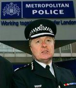 Actu Monde: démission du chef de Scotland Yard en GB
