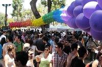 Les Israéliens solidaires des homosexuels à Tel-Aviv