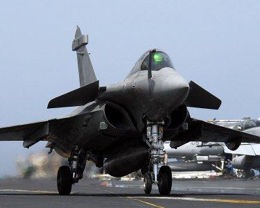 Deux avions Rafale s'abîment en Méditerranée