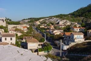 Village encaissé près des Goudes (Marseille,Bouches-du-Rhône)