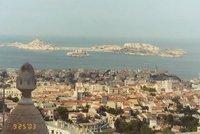 Grève et intempéries paralysent Marseille