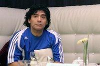 Le sélectionneur argentin Maradona démissionne