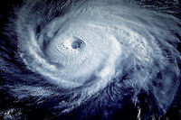 Le passage du typhon Kompasu