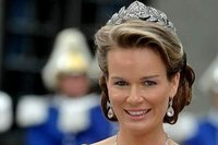 La princesse Mathilde rayonne en Afrique et autres faits divers