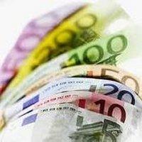 Economie: l'euro passe sous la barre des 1,31 dollar et autres infos