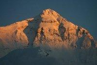 Monde: Cinq corps sur l'Everest et autres actus