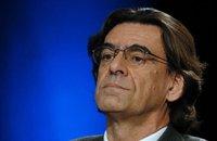 Accusations de pédophilie: Luc Ferry entendu par la police et autres actus France