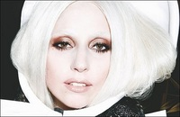 People: cours Gaga, cours!