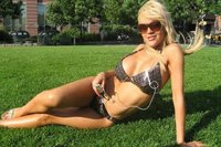 Mode: Vêtements de lait et bikini solaire