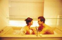 Sexo: dans la salle de bain avec un playboy