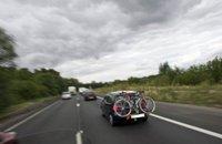Faits divers: ils oublient leur enfant sur l'autoroute