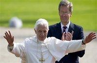 Le pape cherche le dialogue