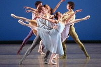 France: patronat dansant