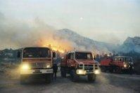 Feu de foret: les pompiers à bout de souffle