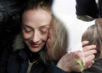 Arrivée à Paris Florence Cassez plaide son innocence