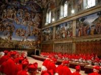 Derniers débats à la veille du conclave au Vatican
