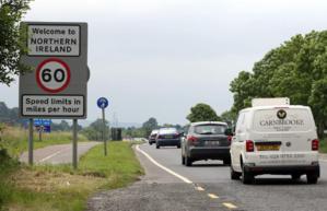L'UE rouvre la bataille de Brexit à la frontière irlandaise