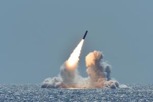 Le ministre iranien des Affaires étrangères attaque Boris Johnson au sujet du projet d'armement nucléaire