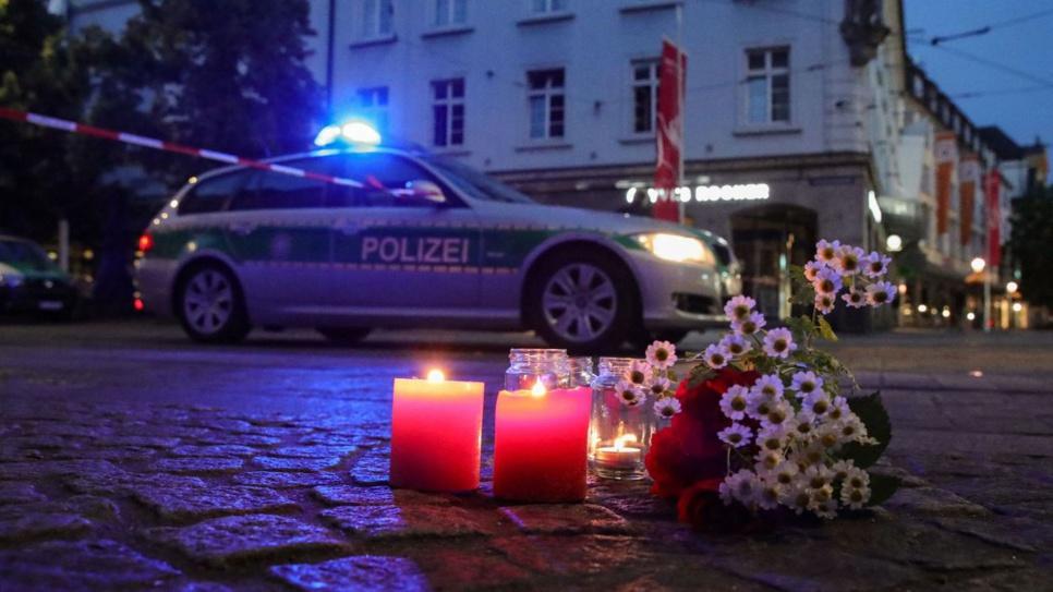 Allemagne : une attaque au couteau en Bavière occasionne trois morts et cinq blessés en état critique, un suspect arrêté