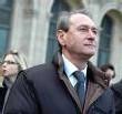 Paris Municipales 2008: Delanöe, porteur de valises de Sarkozy ?