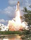 Lancement de la navette spatiale américaine Discovery
