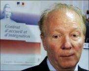 France: Hortefeux défend les quotas par critères professionnels et autres brèves