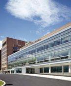 Une caméra de surveillance filme le décès d'une femme dans l'indifférence générale dans un hôpital new-yorkais