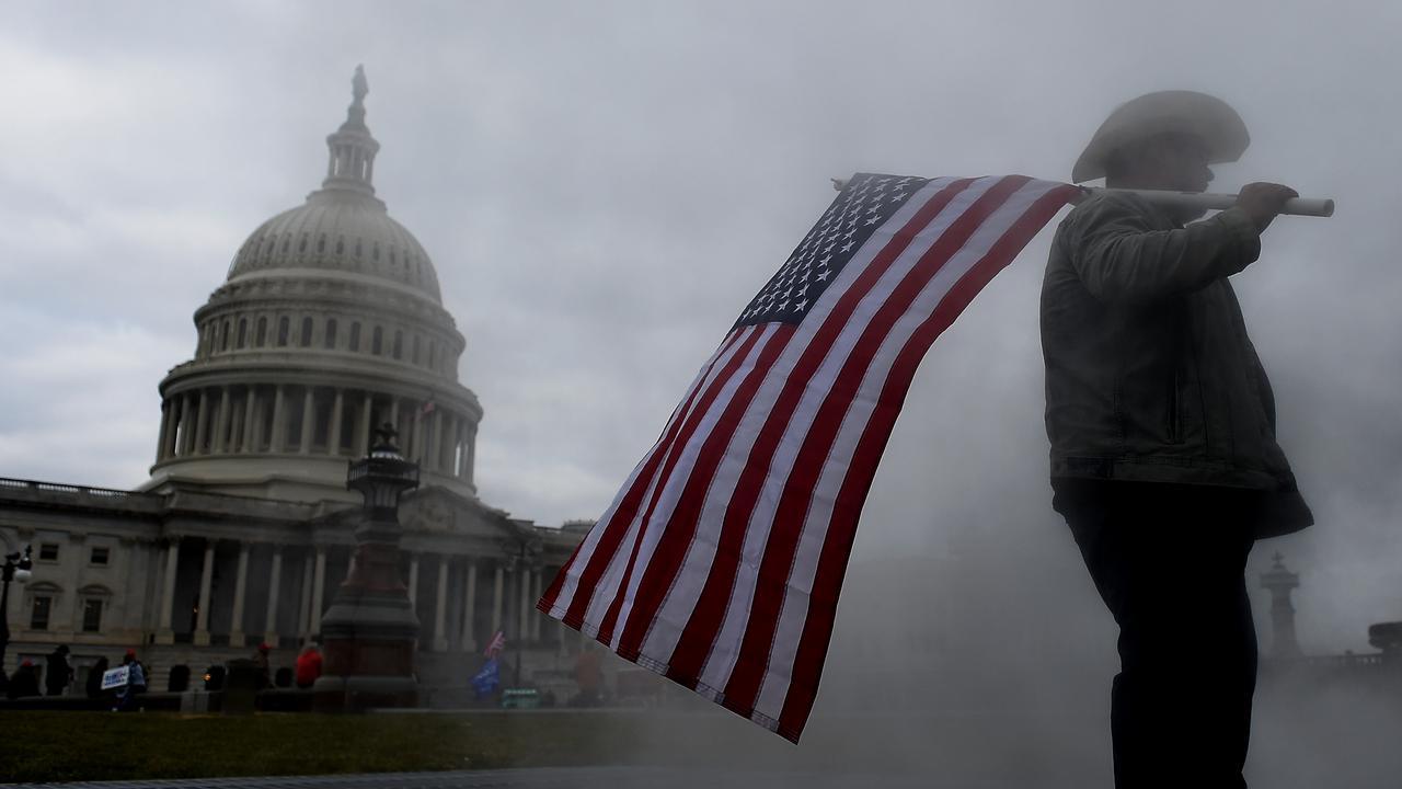Situation aux USA après les élections : l'envahissement du Capitole par des pro-Trump