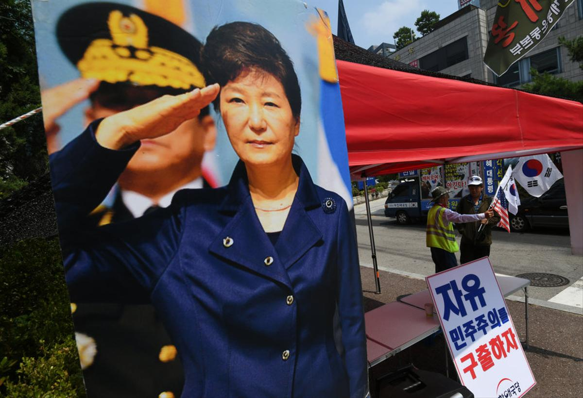 Corée du Sud : l'ex-présidente écope de 20 ans de prison