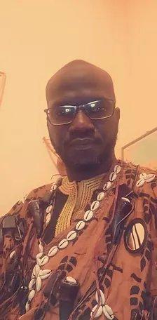 Batiste Arlon célèbre voyant et médium africain en Belgique